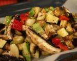Печени зеленчуци върху канапе от ориз 6