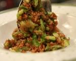 Салата от тиквички с червен ориз 6