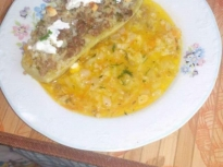 Печени тиквички, пълнени с ориз и кайма