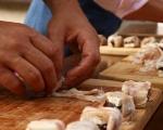 Шишчета от козе сирене и фурми 3