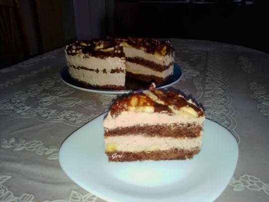Торта с шоколад, сметана и банани