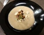 Ароматна супа от пащърнак със синьо сирене 6