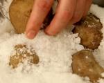 Печени картофи с кренвирши 3
