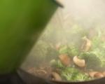 Нудли с телешко и броколи 6