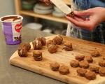 Шоколадови бонбони на клечка 9
