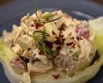 Пилешка салата с ябълки и орехи 6