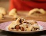 Ябълков сладкиш с орехи и стафиди 7