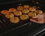 Тиквени хлебчета с медено масло 9