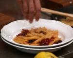 Паста с печени домати, маслини и трохи 9