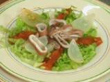Салата от калмари със зелен чили винегрет 5