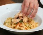 Талиатели със зеленчуци и скариди 11