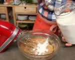 Лепкав кейк с карамелен сос 2