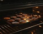 Лепкав кейк с карамелен сос 6