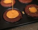 Лепкав кейк с карамелен сос 9