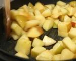 Печена пуйка с плънка от ябълки и орехи 2