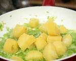 Лютика със сушени чушки и картофи 3