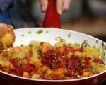 Лютика със сушени чушки и картофи 4