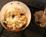 Карамелизирани ябълки с орехи и калвадос 5