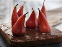 Шоколадов кейк с поширани круши