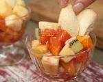 Плодова салата със сладки 11