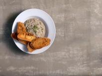 Тапенада с маслини и риба тон
