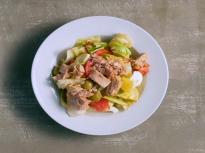 Испанска салата с риба тон