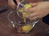 Зелен фасул с картофи в горчичен винегрет с орехи 2