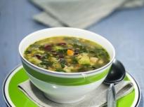 Пролетна бобена супа