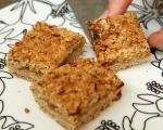 Маслен сладкиш с орехи и конфитюр 7