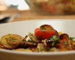 Картофи с гулия на фурна 6