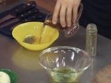 Доматена салата с джинджифилов винегрет