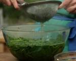 Студена супа със спанак
