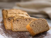 Бадемов хляб