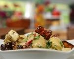 Салата от пресни картофи, репички и халуми 7