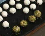 Бонбони от сирене с маслини 5