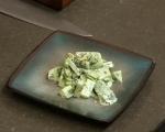 Салата от краставици със сметана и босилек 4