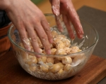 Пресни картофи със сирена на фурна