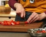 Салата от аспержи и чери домати 5