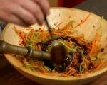 Намачкана салата с моркови и краставици 3
