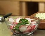 Картофена салата с репички и целина 4
