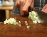 Картофена салата с репички и целина 5