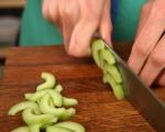 Пилешка салата с краставици 5