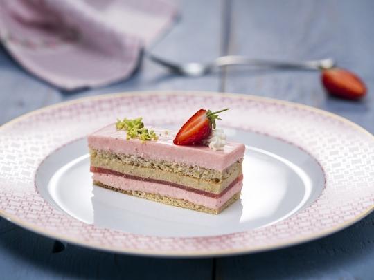 Торта с мус от ягоди