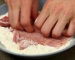 Панирани свински котлети с билков сос 3