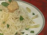 Капелини с жълт фасул и доматено пест...