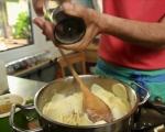 Картофи с тиквички на фурна 4