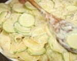 Картофи с тиквички на фурна 6