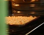 Доматена салата с ароматни трохи 2