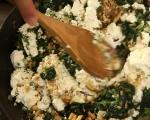 Гарнирана пита с пилешко и спанак 9