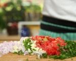 Царевични палачинки с доматена салца 6